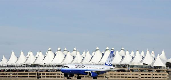 20110422__united-airlines~p1